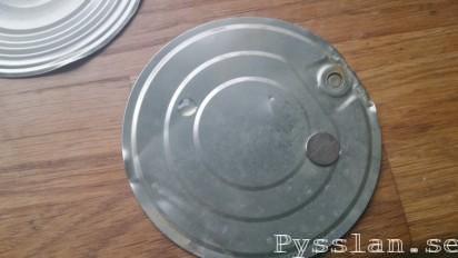 hemmagjord magnetisk hållare limma magnet takfäste brandvarnare pysslan blogg