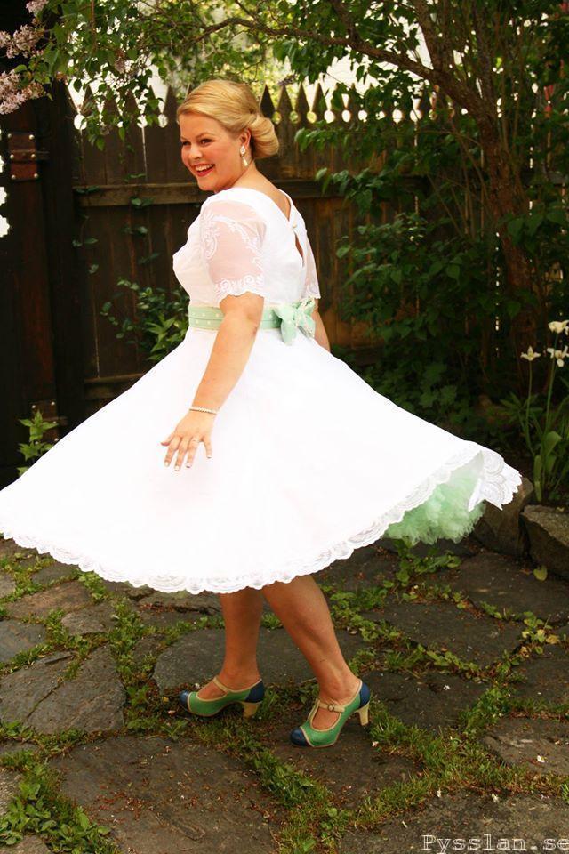 SoS 50-tals inspirerad retro bröllopsklänning brudparet pysslan blogg Snurr