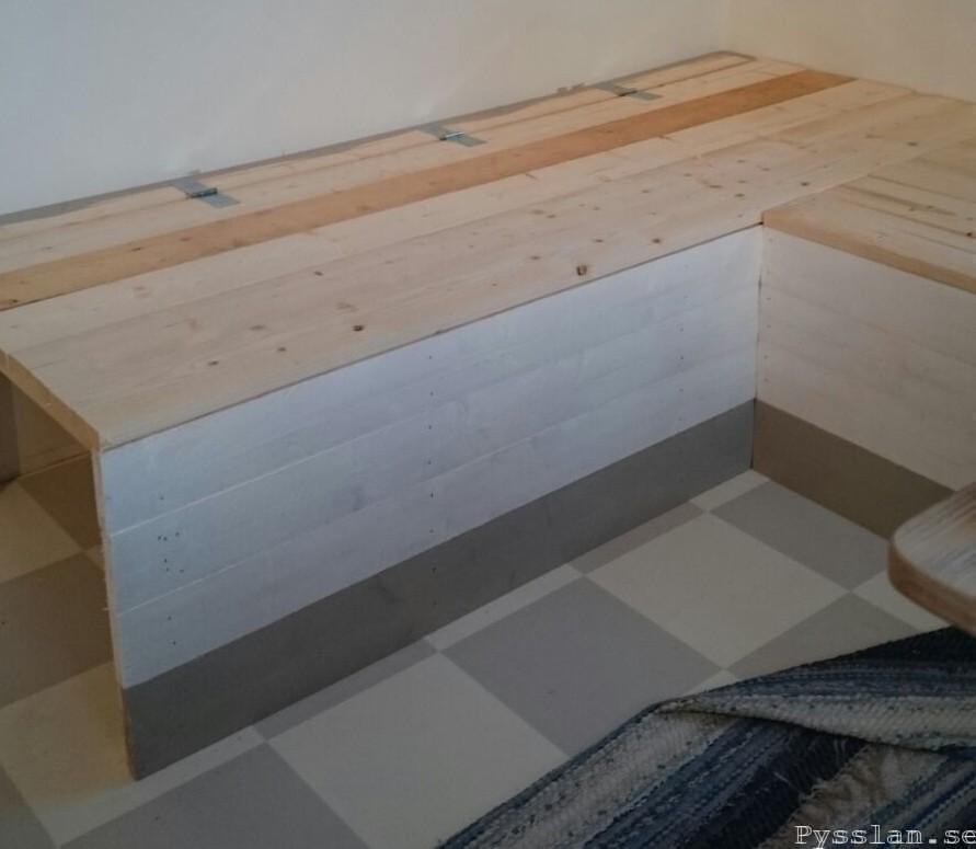 platsbyggs soffa med förvaring sits pysslan blogg