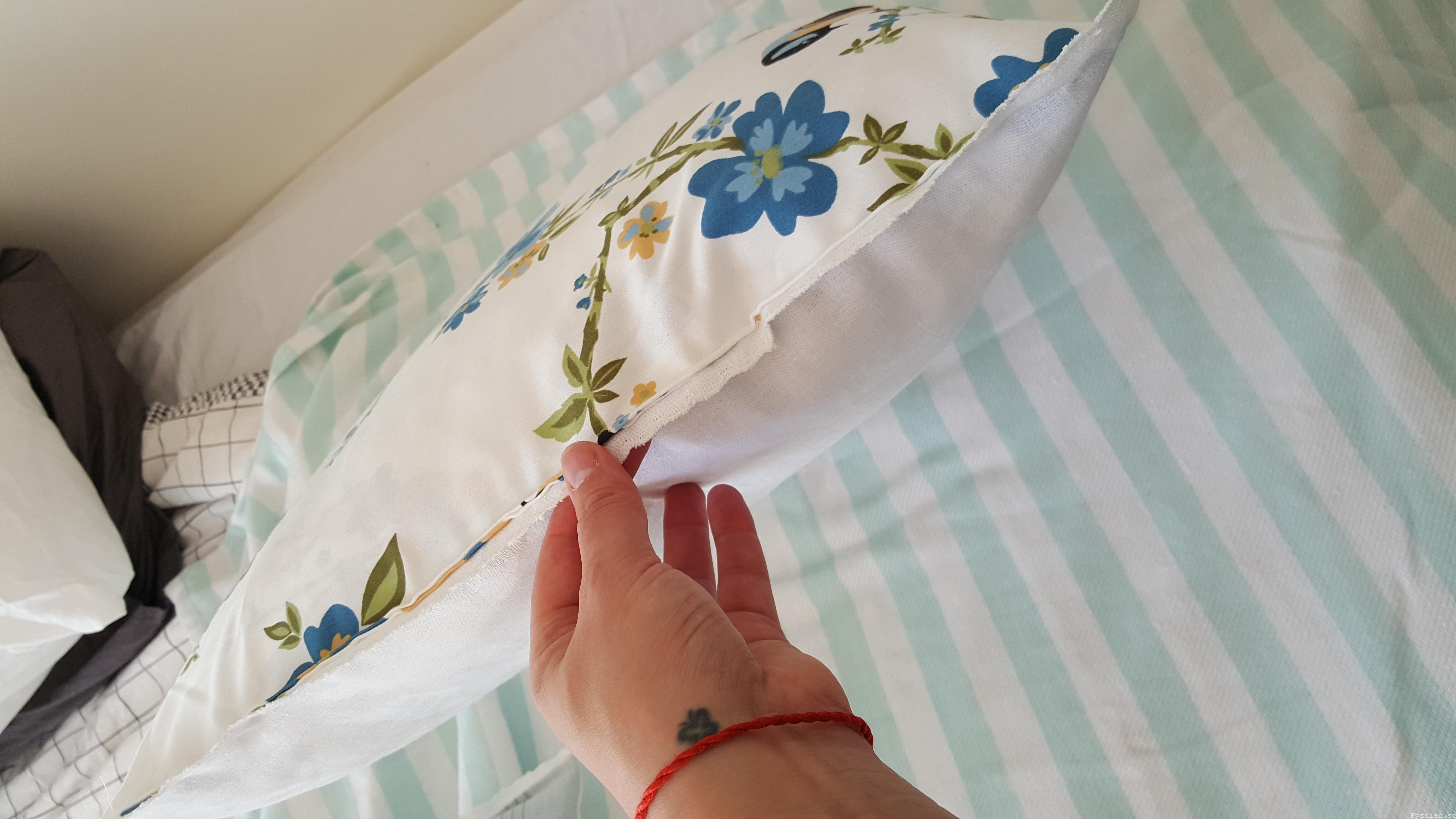 Romantiska kuddfodral av loppisfynd handduk duk pysslan blogg sy vändbar