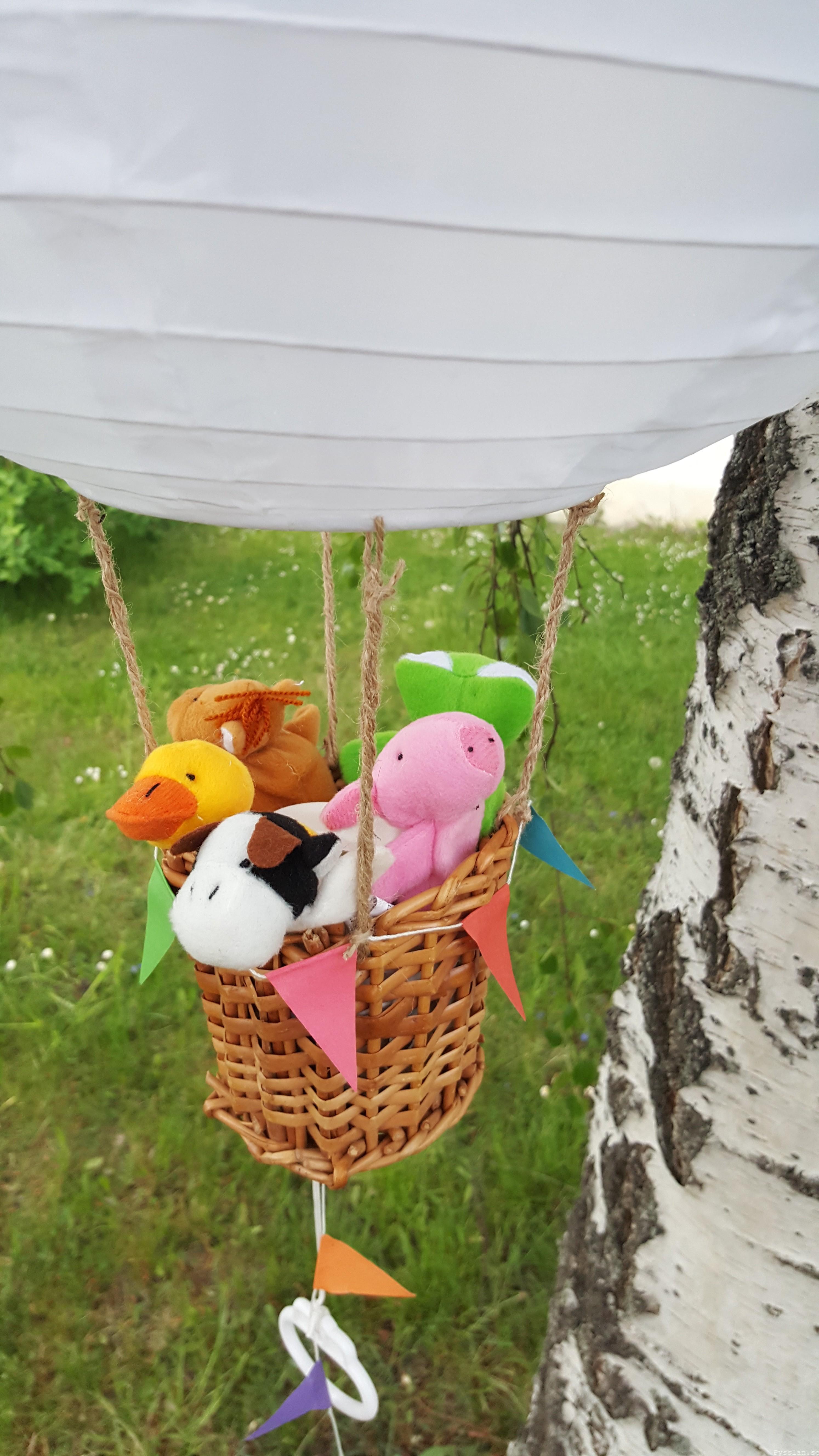 Luftballong doppresent baby speldosa pysslan blogg gossedjur flyger